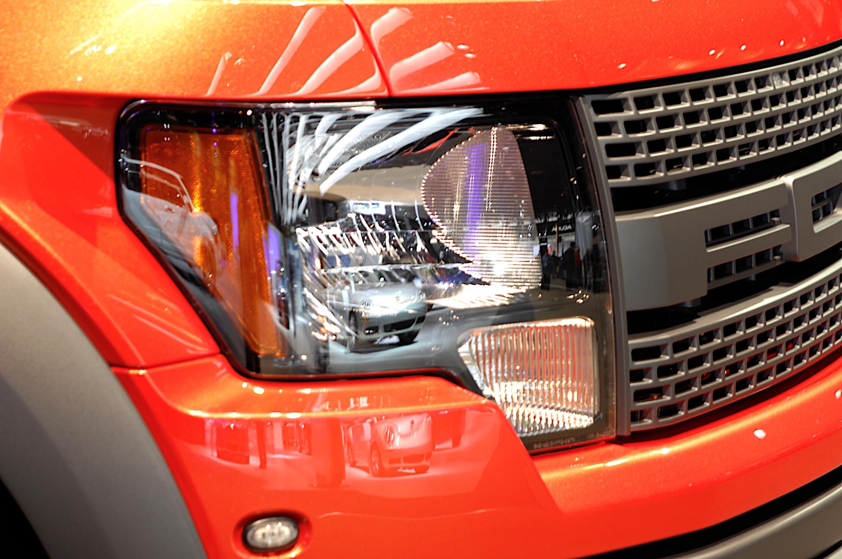 oświetlenie samochodu