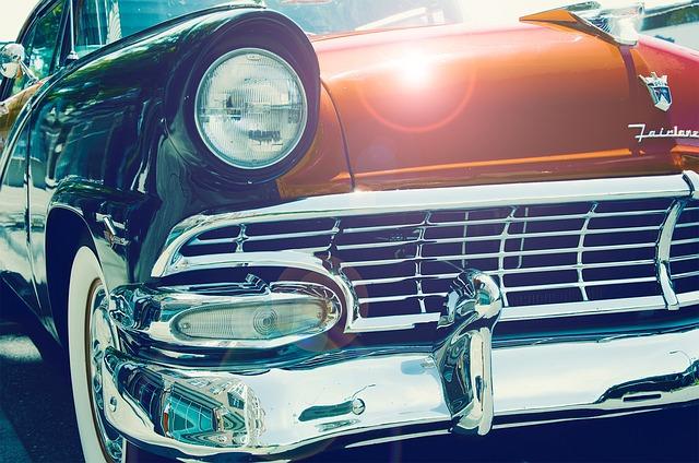 Reflektory samochodowe – rodzaje, sposoby polerowania